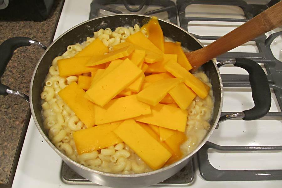 Mac-N-Cheese-10